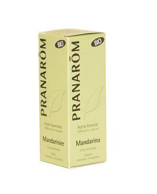 Aceite esencial Mandarina Pranarom es un complemento alimenticio a base de Mandarina ( Citrus reticulata). Incluye para uso como aerosol meléculas aromáticas de Limoneno, γ-terpineno. Tiene propiedades relajantes y calmantes