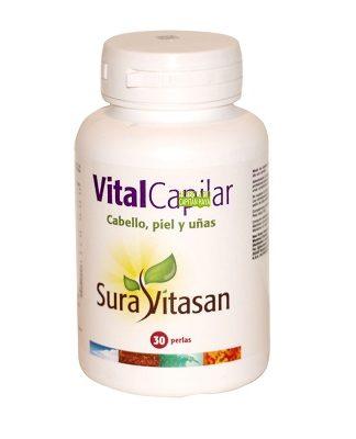 Vital Capilar Sura Vitasan es un complemento alimenticio a base de biotina, Vitamina, extractos de semillas, aceites de semilla de calabaza, aceite de pescaado y ácido fólico.